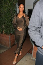 Rihanna Night Out Style - Leaving Giorgio Baldi Restaurant in Santa Monica, 12/11/2015