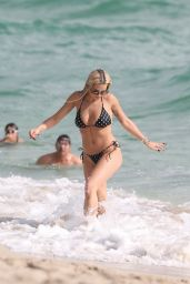 Rita Ora Hot in a Bikini - Beach in Miami 12/30/2015