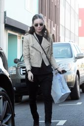 Rooney Mara Style - Shopping in Beverly Hills 12/12/2015