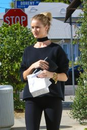 Rosie Huntington-Whiteley at La Conversation in West Hollywood, December 2015