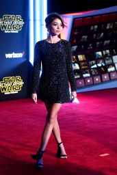 Sarah Hyland - Star Wars: The Force Awakens Premiere in Hollywood
