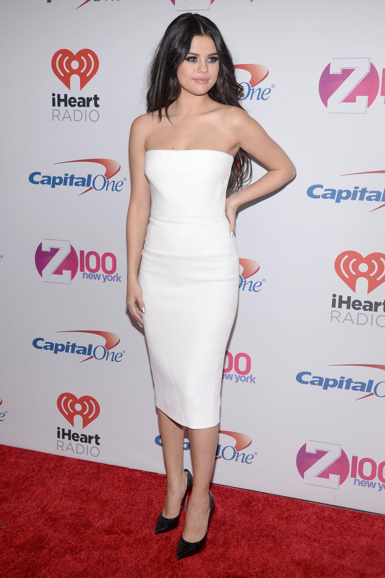 Selena Gomez On Red Carpet Z100 S Jingle Ball 2015 In