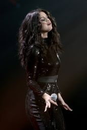 Selena Gomez -Performing at 103.5 KISS FM