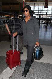 Serena Williams - LAX, December 2015