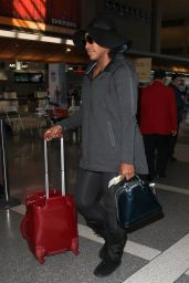 Serena Williams - LAX, December 2015