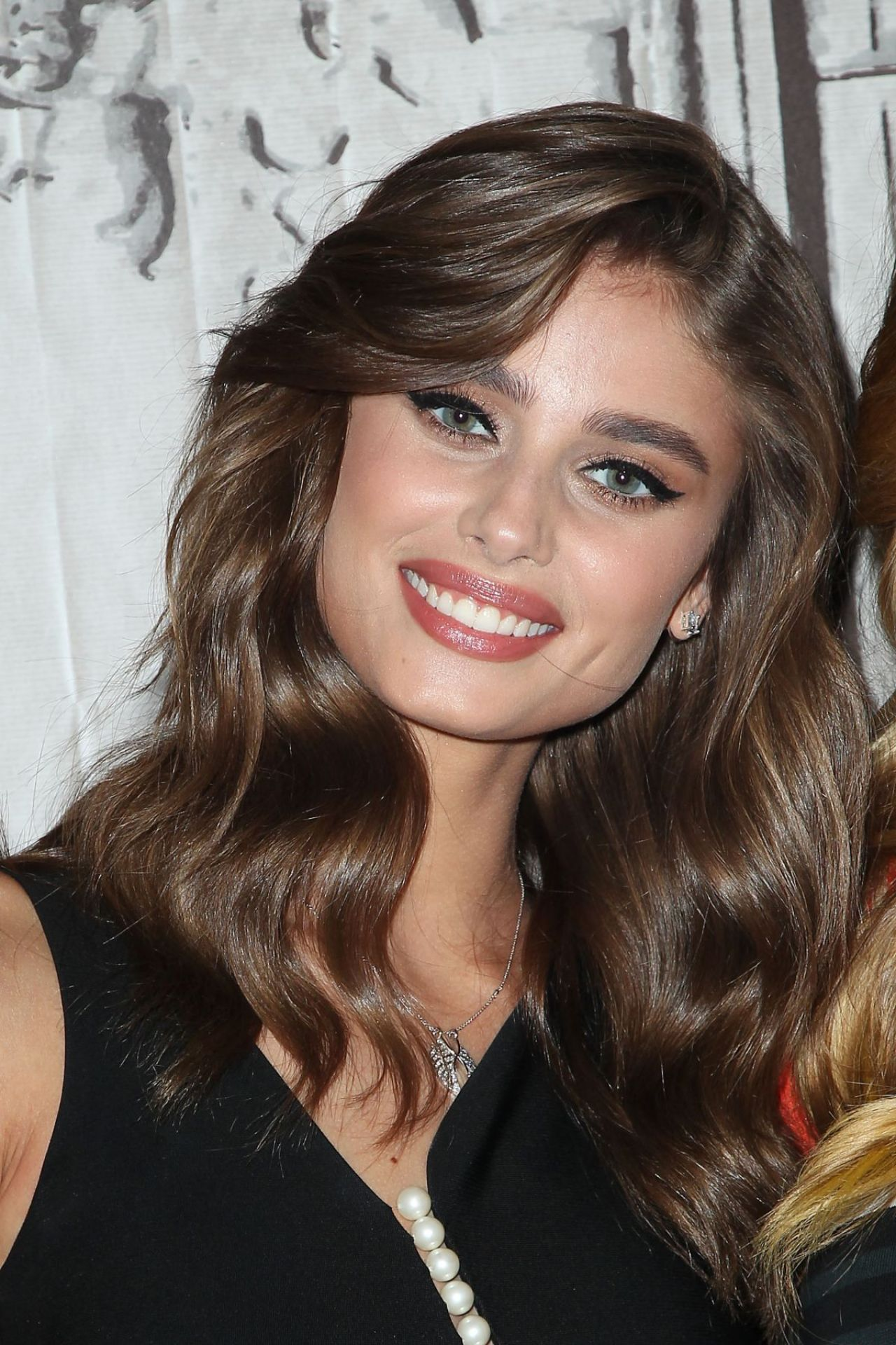 taylor marie hill latest - photo #19