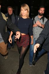 Taylor Swift at LAX Airport 12/13/2015