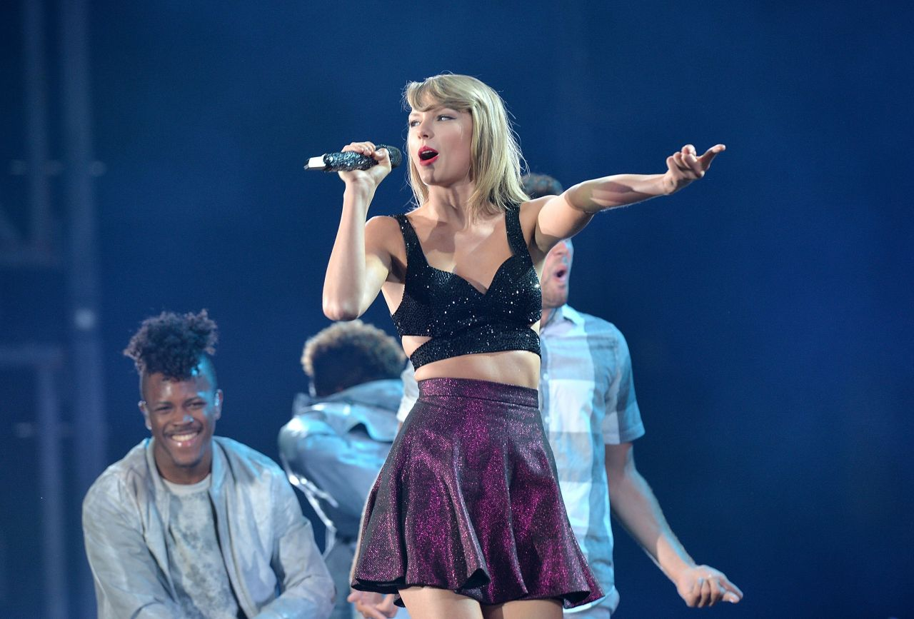 Taylor swift concert dates 2015