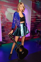 Taylor Swift - Unveiling of Her Wax Figure at Madame Tussauds in Berlin, December 2015