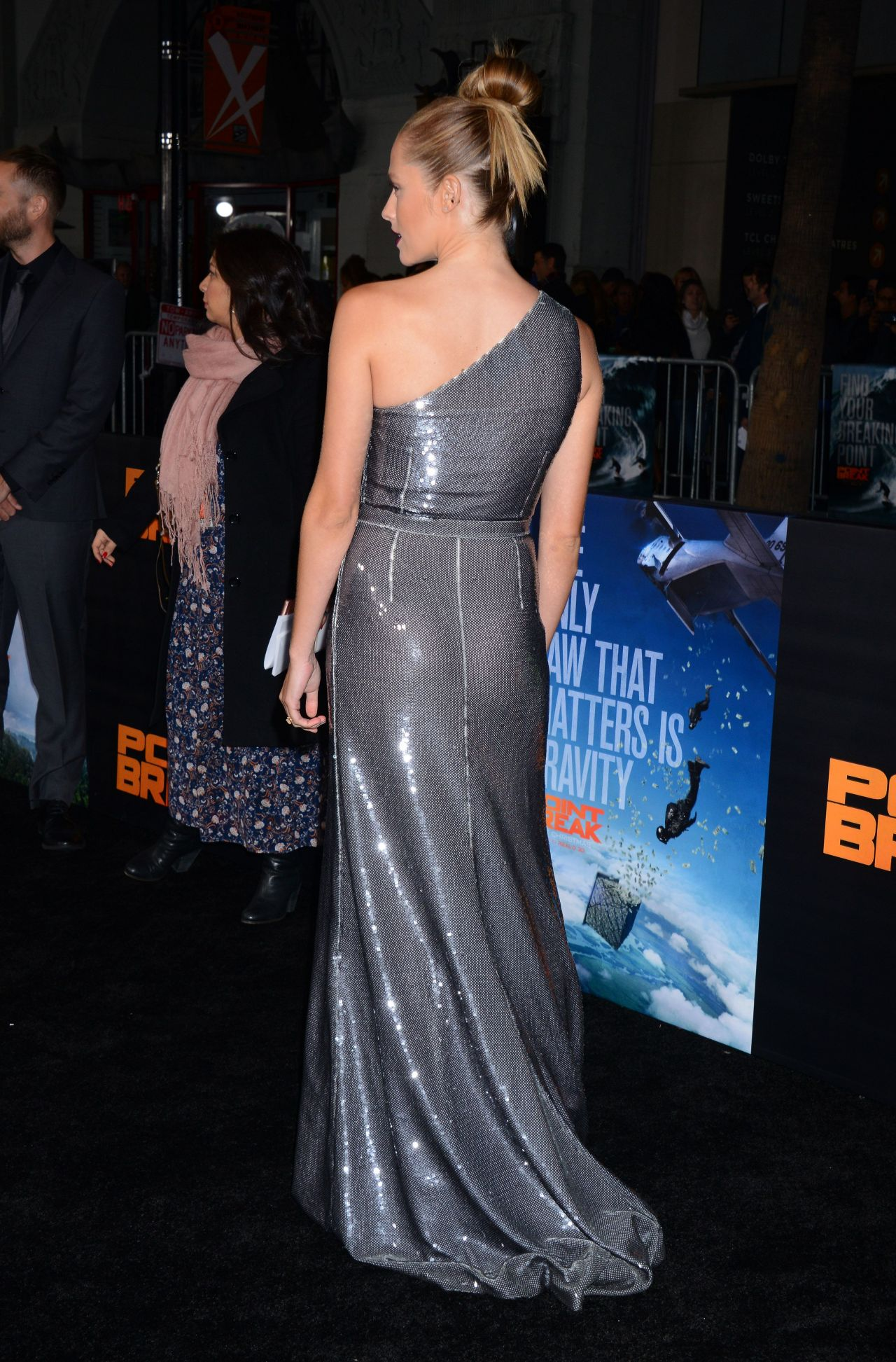 Teresa Palmer - Point Break Premiere in Hollywood, CA Freida Pinto