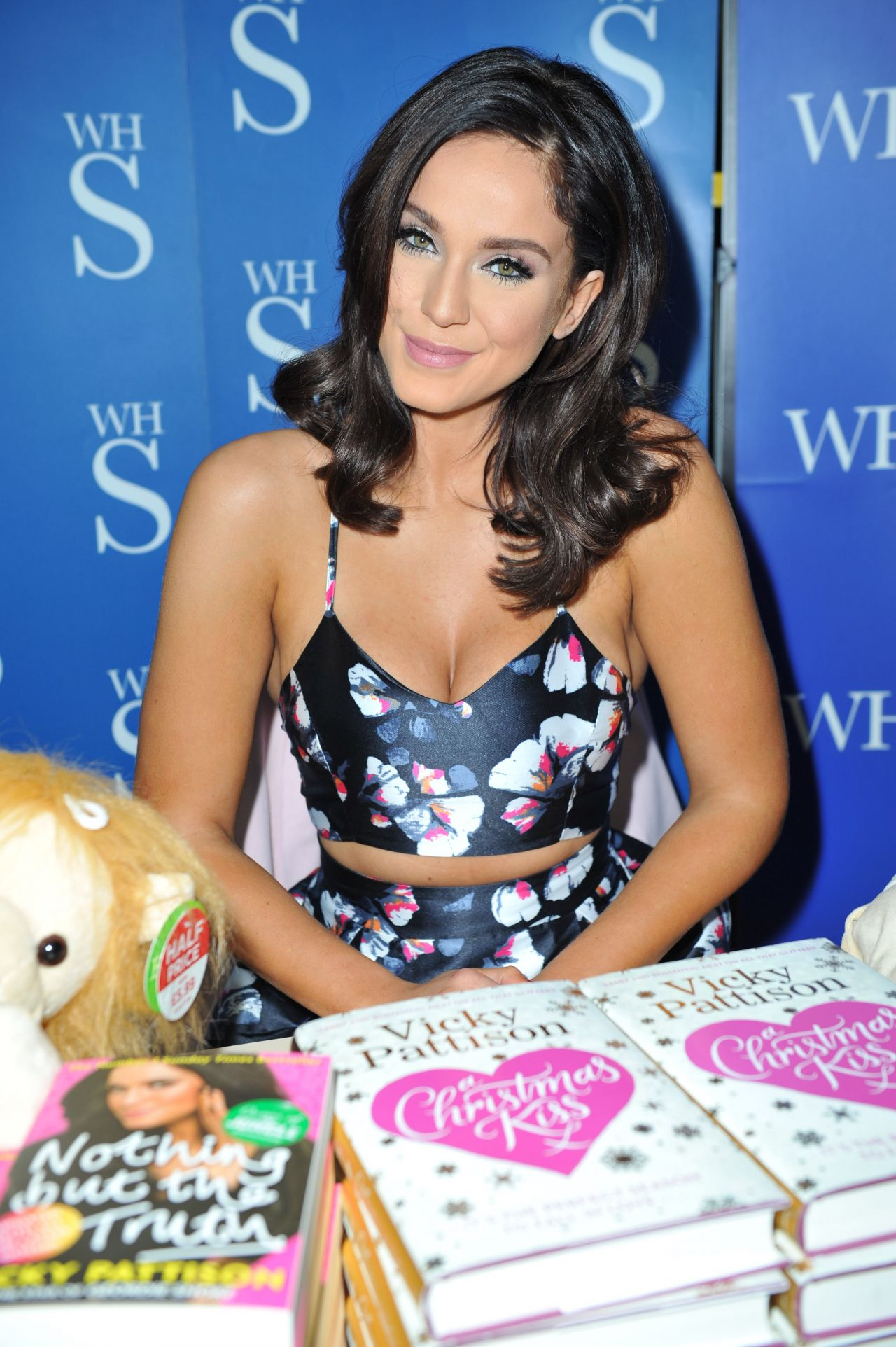 How to book a celebrity for birthday party