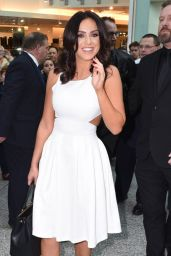 Vicky Pattison - Christmas Kiss Book Signing at Liberty Shopping Centre in Essex, December 2015