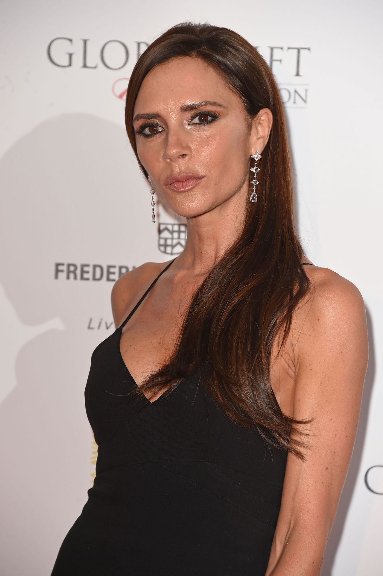 Victoria Beckham – The Global Gift Gala at Four Seasons ...