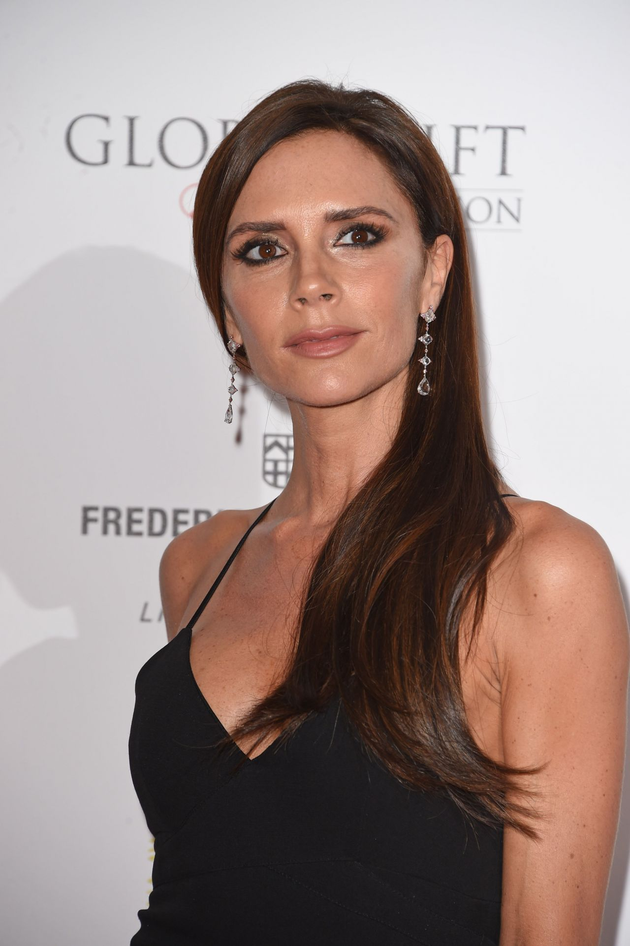 Victoria Beckham – The Global Gift Gala at Four Seasons Hotel in London ...