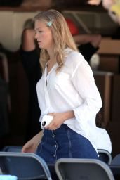 Vita Sidorkina - On a Photoshoot in Los Angeles 12/29/2015