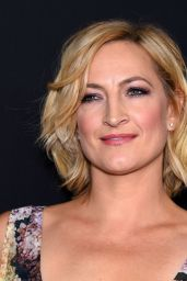 Zoe Bell – 'The Hateful Eight' Premiere in Los Angeles