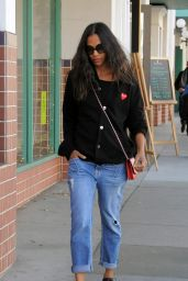 Zoe Saldana Street Style - On a Shopping Spree in Beverly Hills 12/23/2015