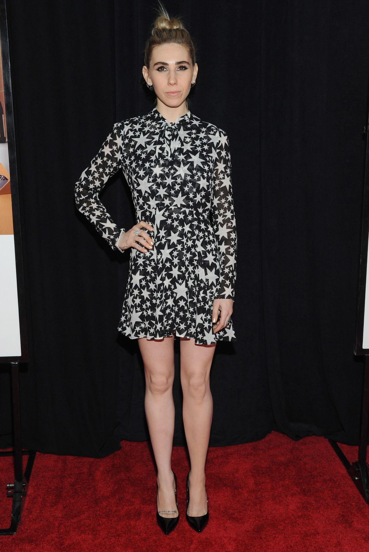 Zosia Mamet – 'Sisters' Premiere at Ziegfeld Theater in ...