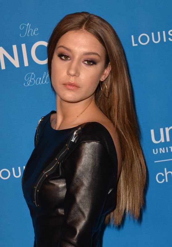 Adèle Exarchopoulos – 6th Biennial UNICEF Ball in Beverly Hills 1/12/2016
