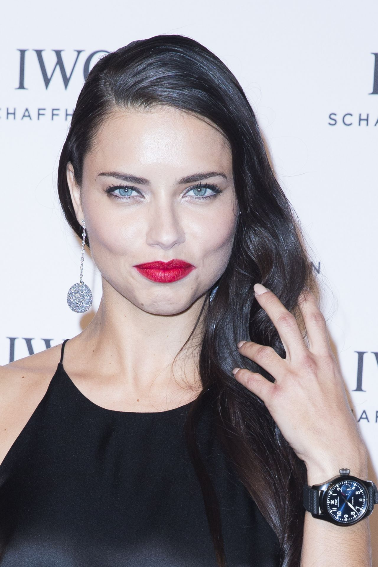 Adriana Lima Gala Dinner Photocall As Part Of Sihh In