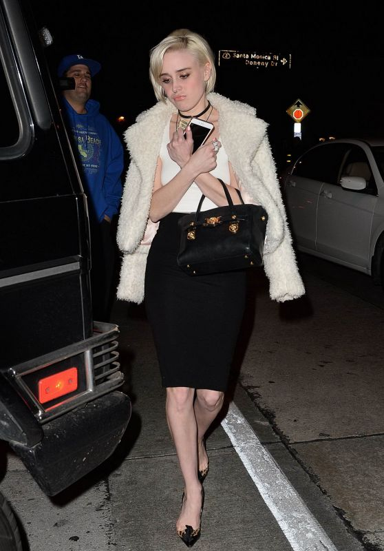 Alessandra Torresani - Leaving a Restaurant in Los Angeles, January 2016