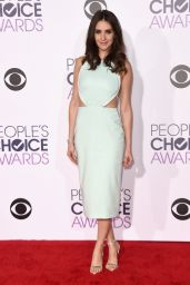 Alison Brie – 2016 People's Choice Awards in Microsoft Theater in Los Angeles
