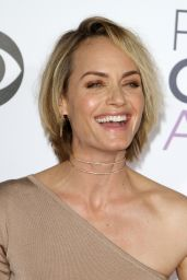 Amber Valletta – 2016 People's Choice Awards in Microsoft Theater in Los Angeles