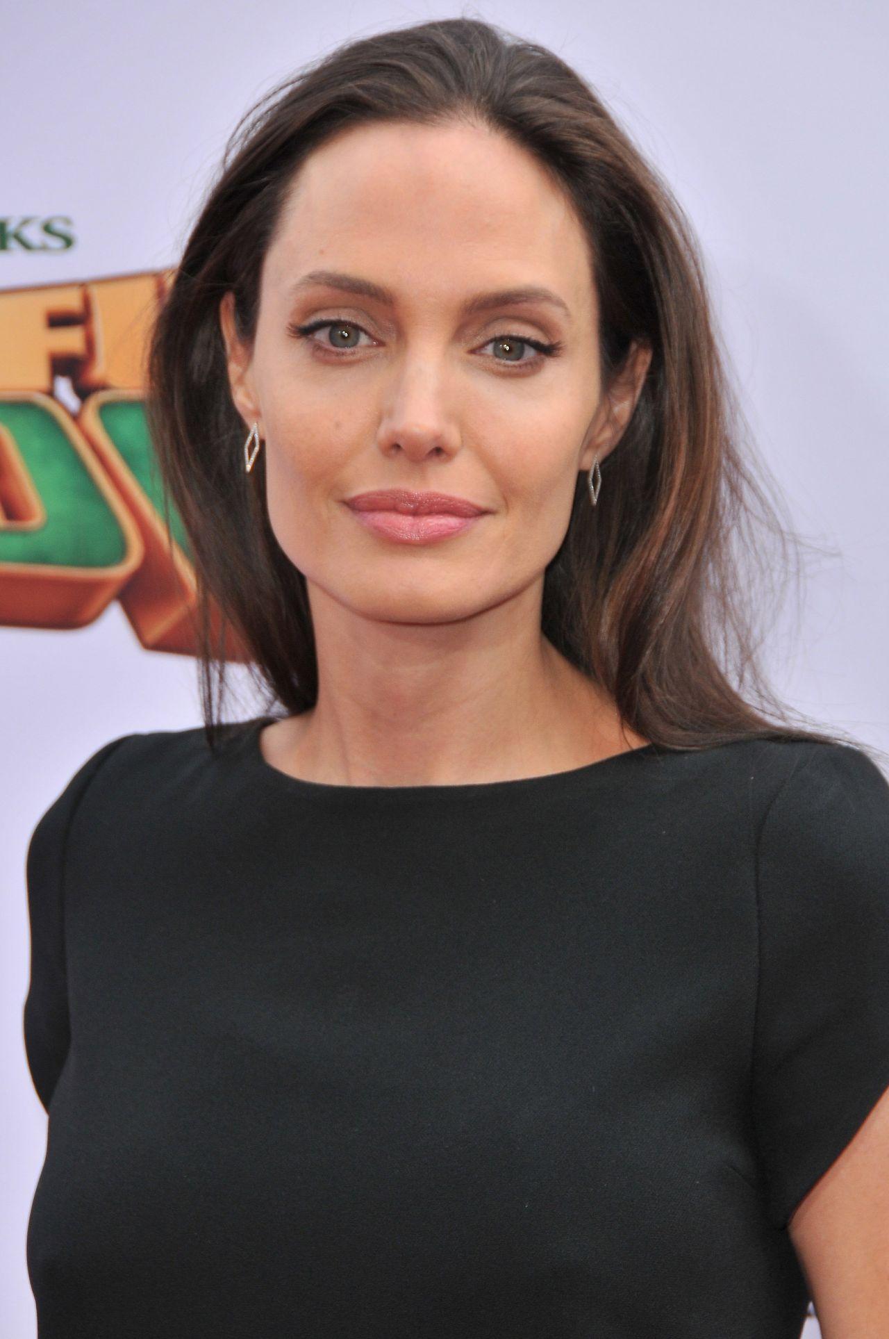 Angelina Jolie on Red Carpet – 'Kung Fu Panda 3' Premiere ... Angelina Jolie