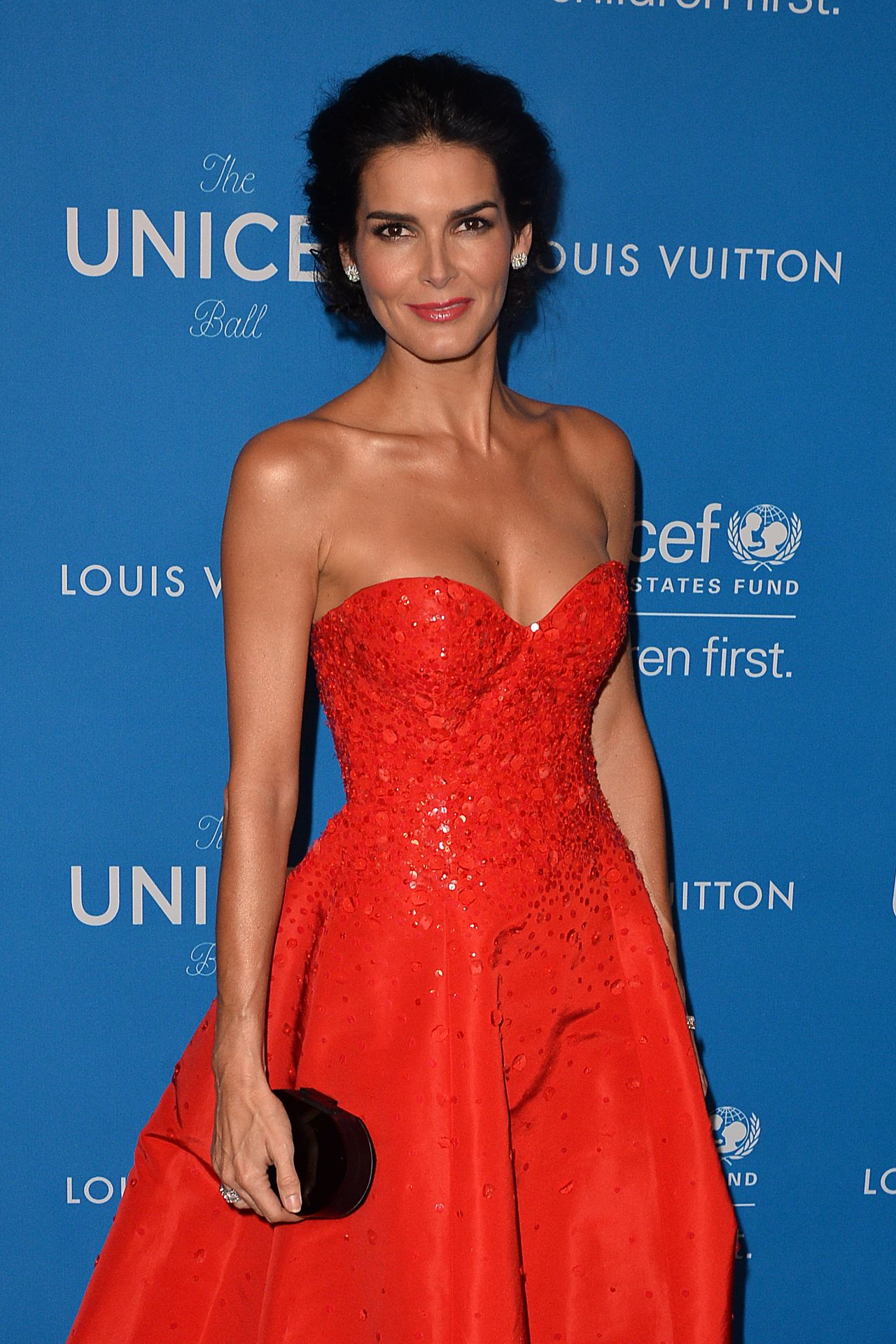 Angie Harmon – 6th Biennial UNICEF Ball in Beverly Hills 1 ...
