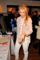 AnnaLynne McCord at Kari Feinstein