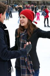 Bailee Madison Ice Skating - Nathan Phillips Square in Toronto 1/17/2016
