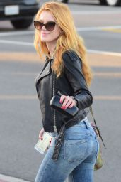 Bella Thorne Booty in Jeans - Out in Encino 1/26/2016