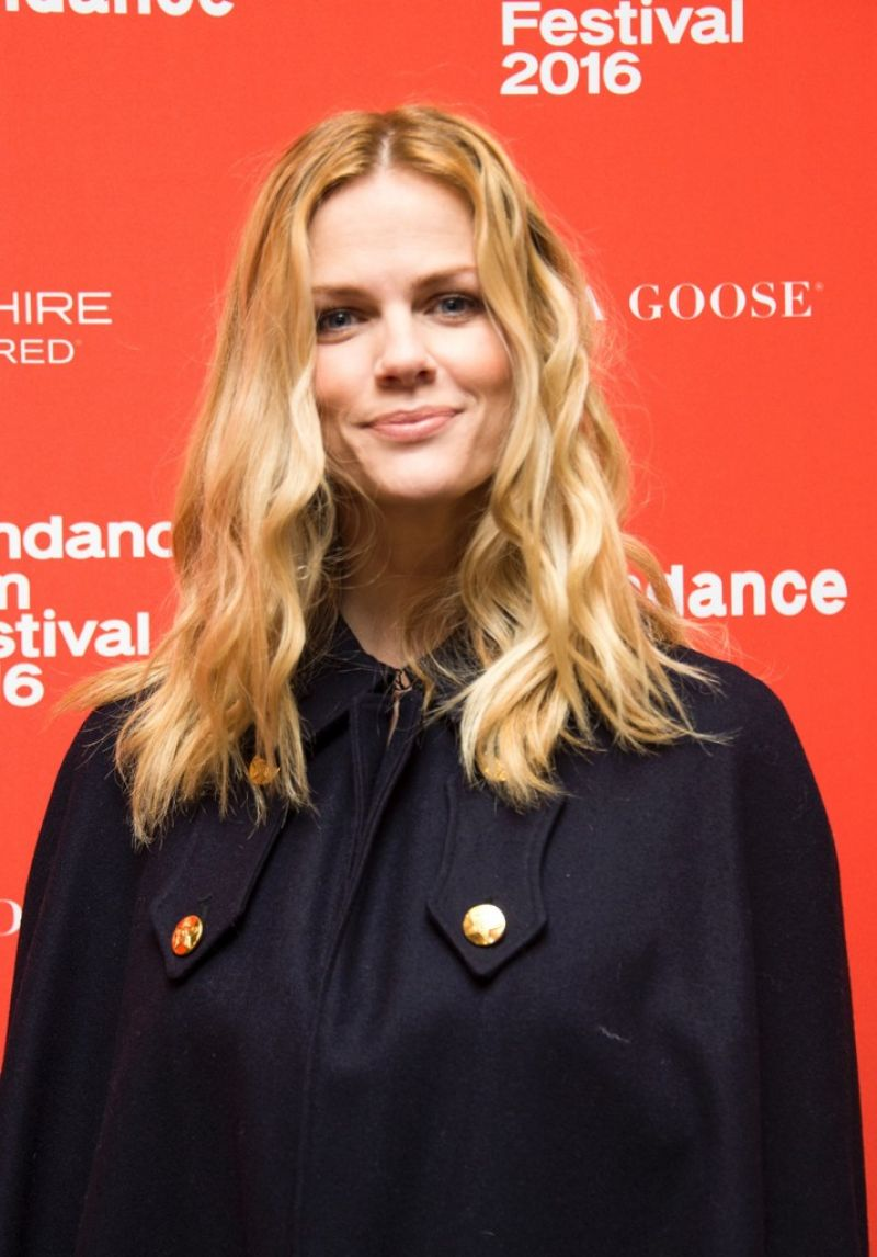 "Brooklyn Decker – ""Lovesong"" Premiere – 2016 Sundance Film ..."