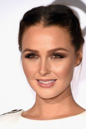 Camilla Luddington – 2016 People's Choice Awards in Microsoft Theater in Los Angeles