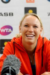 Caroline Wozniacki - Press Conference in Auckland, New Zealand 1/3/2016