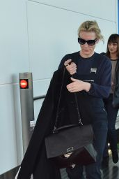 Cate Blanchett - Arriving at Tokyo International Airport, January 2016