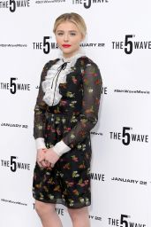 Chloe Grace Moretz - The 5th Wave Photocall The Soho Hotel in London