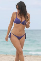 Claudia Romani Hot in a Bikini in Miami 01/13/2016
