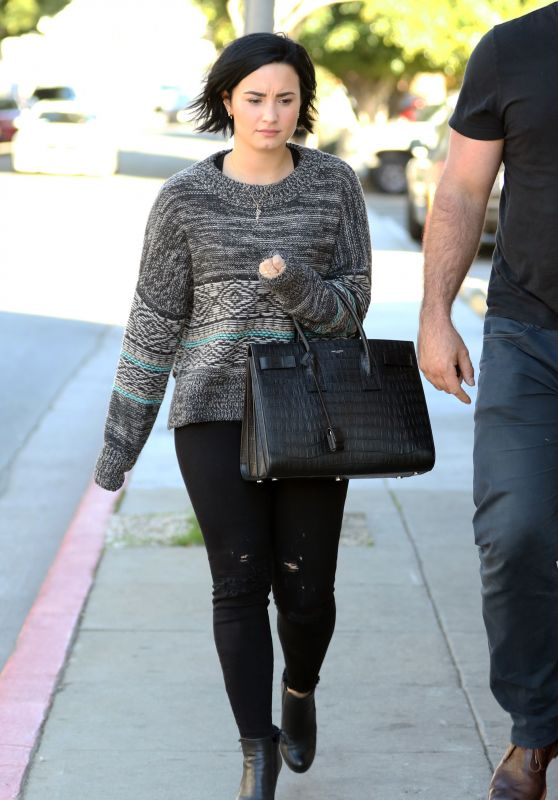 Demi Lovato - Out in Los Angeles, CA 1/26/2016