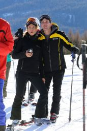 Elisabetta Canalis and Brian Perri - Skiing in Cortina D