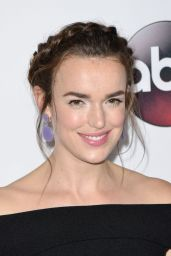 Elizabeth Henstridge – Disney ABC Television 2016 Winter TCA Tour in Pasadena, CA