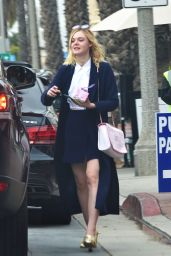Elle Fanning - Out in Santa Monica, 01/09/2016