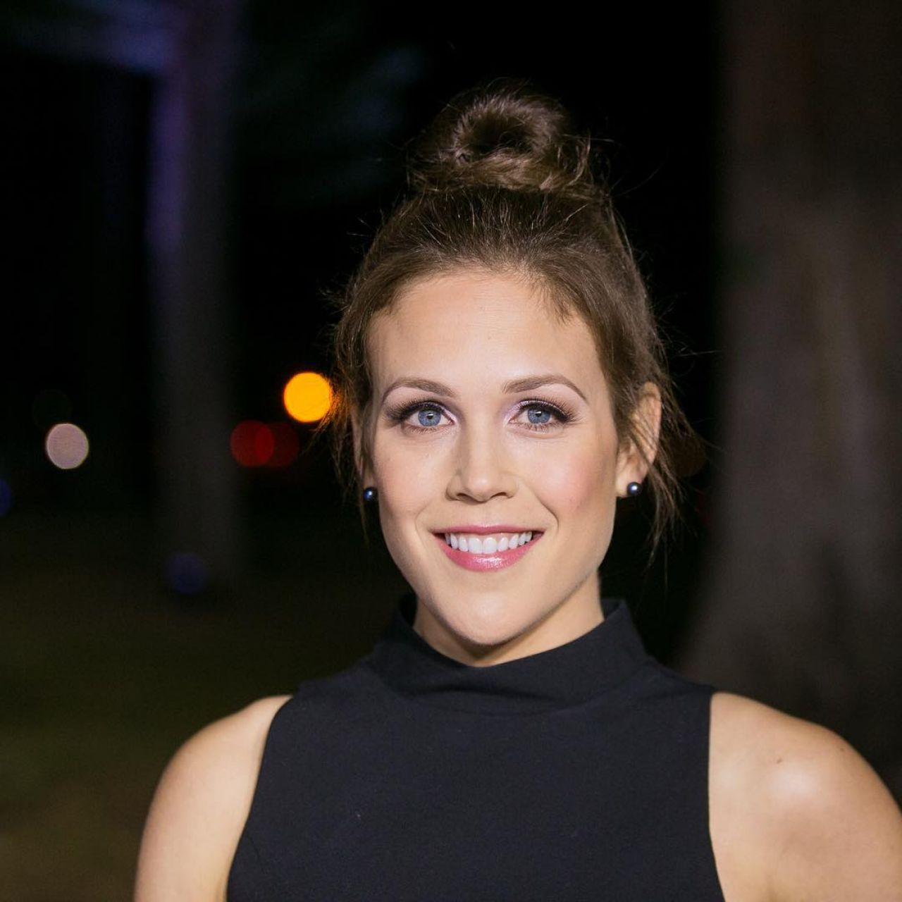 erin krakow height