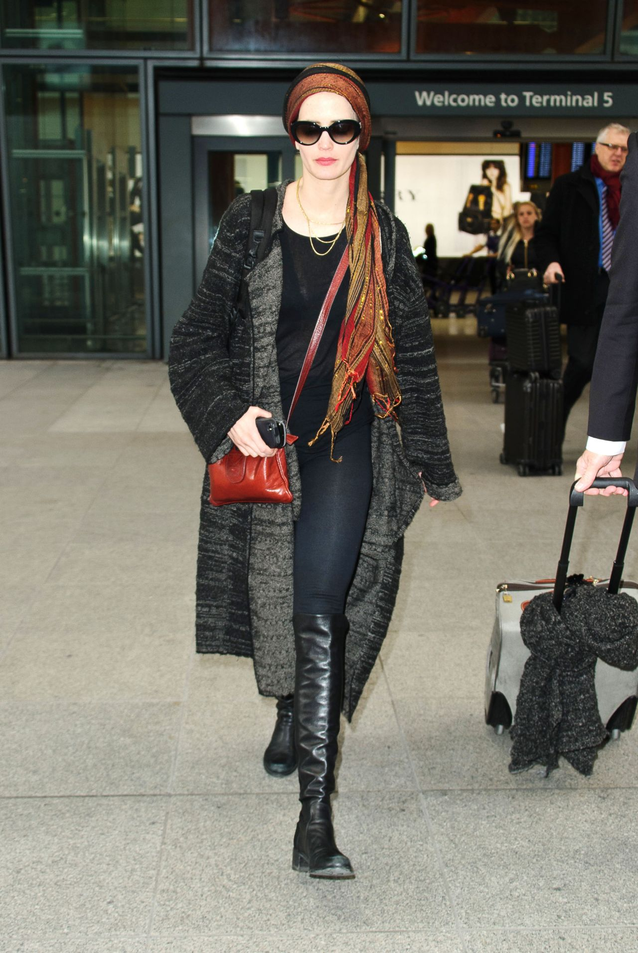 Eva Green Airport Style At Heathrow In London 01 12 2016