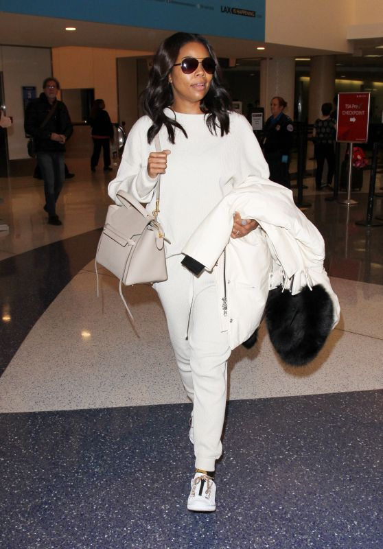 Gabrielle Union at LAX Airport in LA 1/26/2016