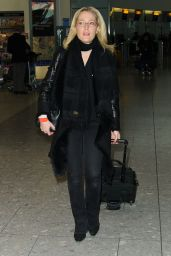 Gillian Anderson Airport Style - Heathrow Airport in London 1/8/2016