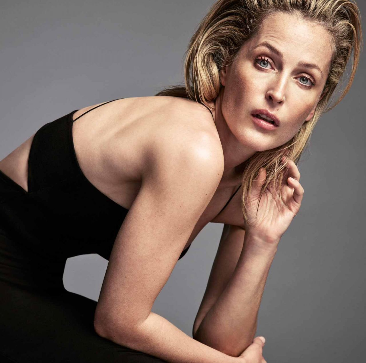 Gillian Anderson naked celebrity pictures - Celeb Nudes Photos