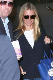 Gwyneth Paltrow Airport Style - LAX in Los Angeles 1/27/2016