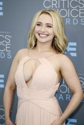 Hayden Panettiere – 2016 Critics' Choice Awards in Santa Monica