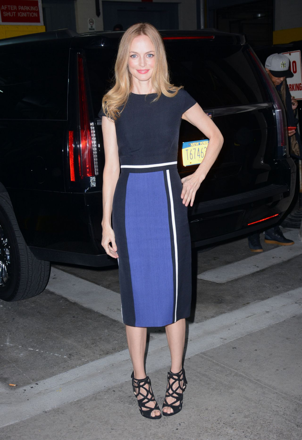 Heather Graham Fashion At Aol Build In Nyc 1 12 2016